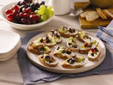 Goat Cheese Crostini With Grape Salsa